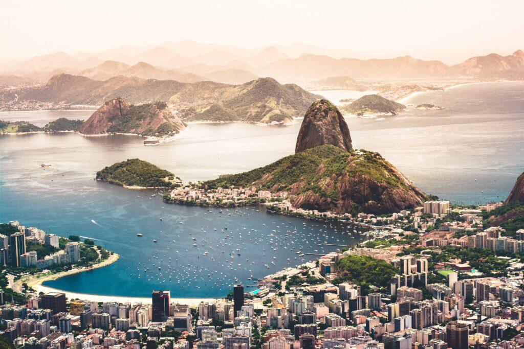 agustin-diaz-7F65HDP0-E0-unsplash-1024x683 Como adquirir a nacionalidade brasileira?