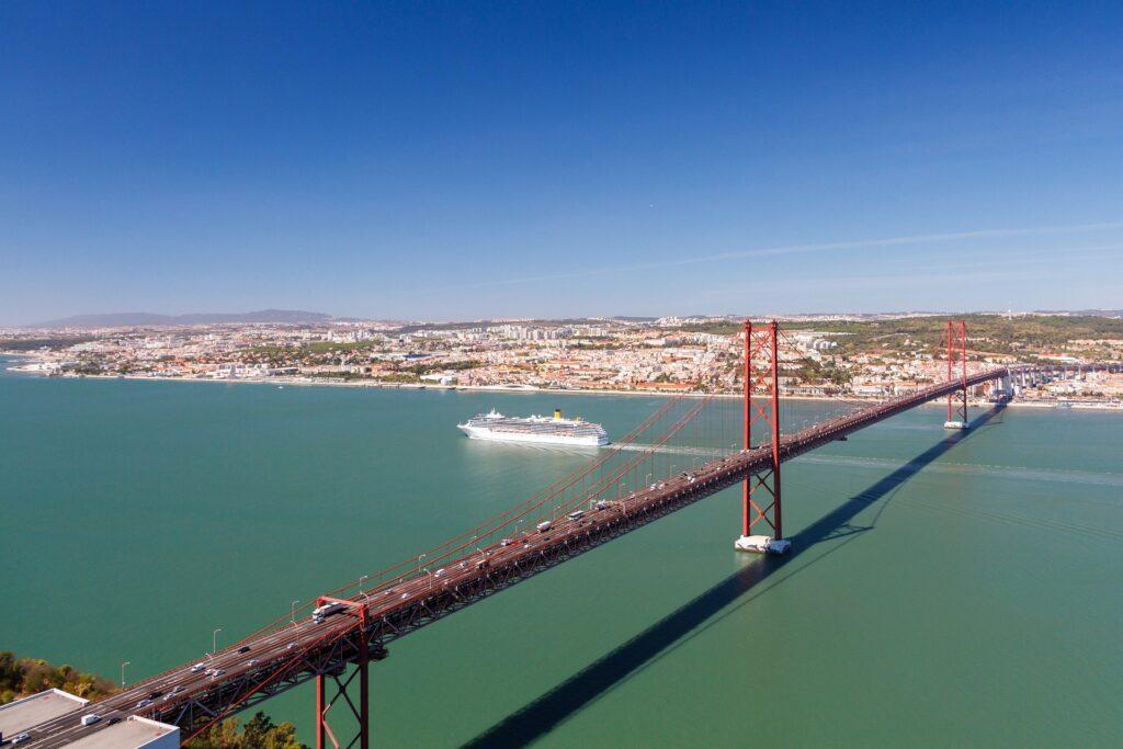portugal-4820505_1920-1024x683 Empreendedor de sucesso em Portugal: como constituir a sua empresa