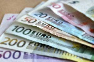 bank-note-209104_960_720-300x200 Empreendedorismo Imigrante em Portugal