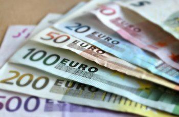 bank-note-209104_960_720-350x230 Visto de residência para quem quer viver de rendimentos em Portugal