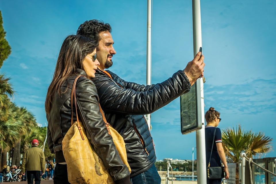 selfie-958255_960_720 Visto de residência para quem quer viver de rendimentos em Portugal