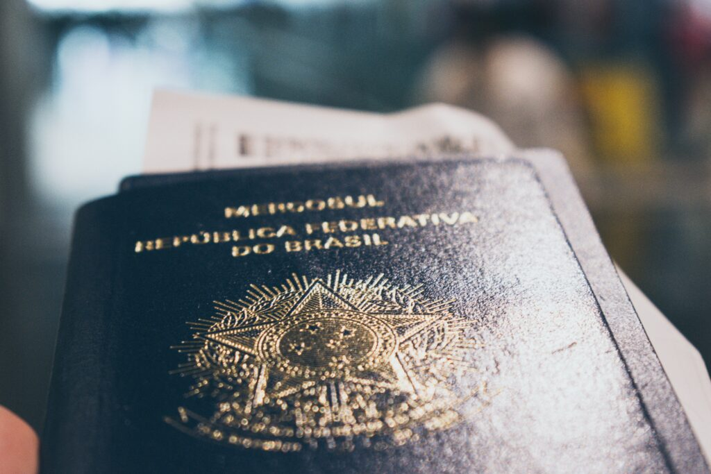 caio-pezzo-v-nY8YOazlo-unsplash-1024x683 Conheça as medidas de afastamento de estrangeiros na lei portuguesa