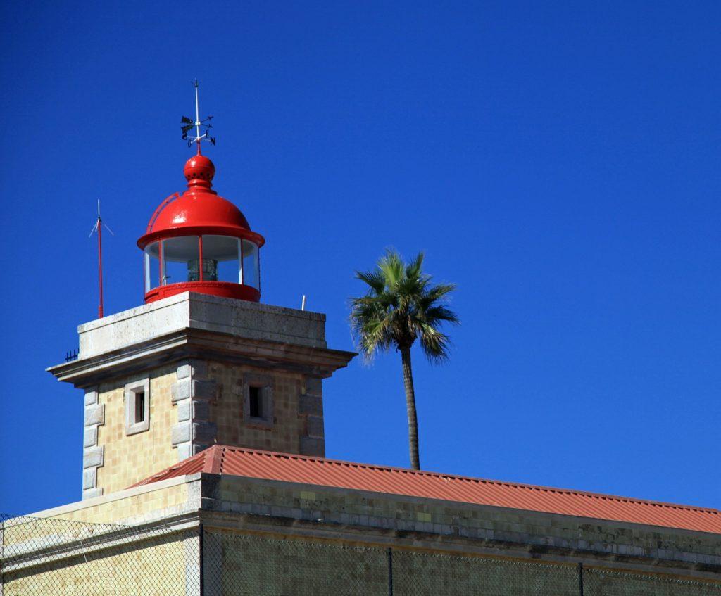 lighthouse-649231_1920-1024x847 Crédito Imobiliário para Emigrantes brasileiros