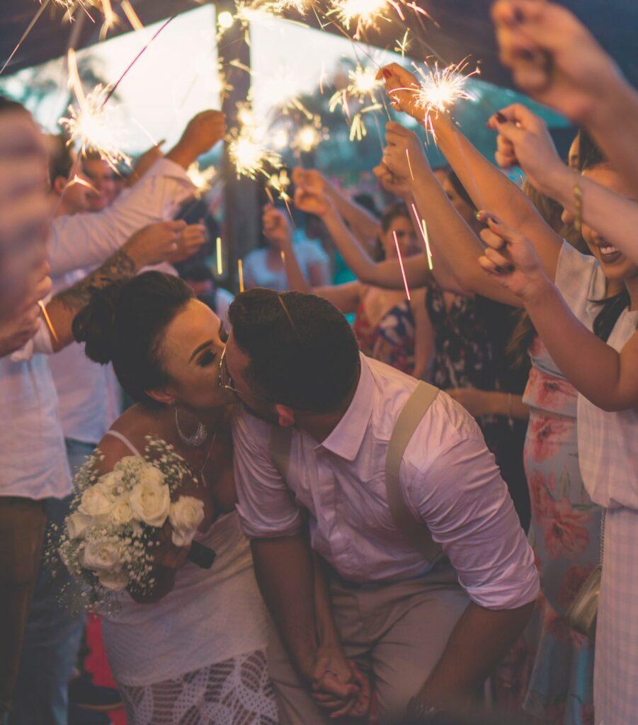 fabio-alves-Bpe-unsplash-scaled-e1613600041246-901x1024 Descubra como adquirir a nacionalidade portuguesa pelo casamento de acordo com as novas regras (2020)